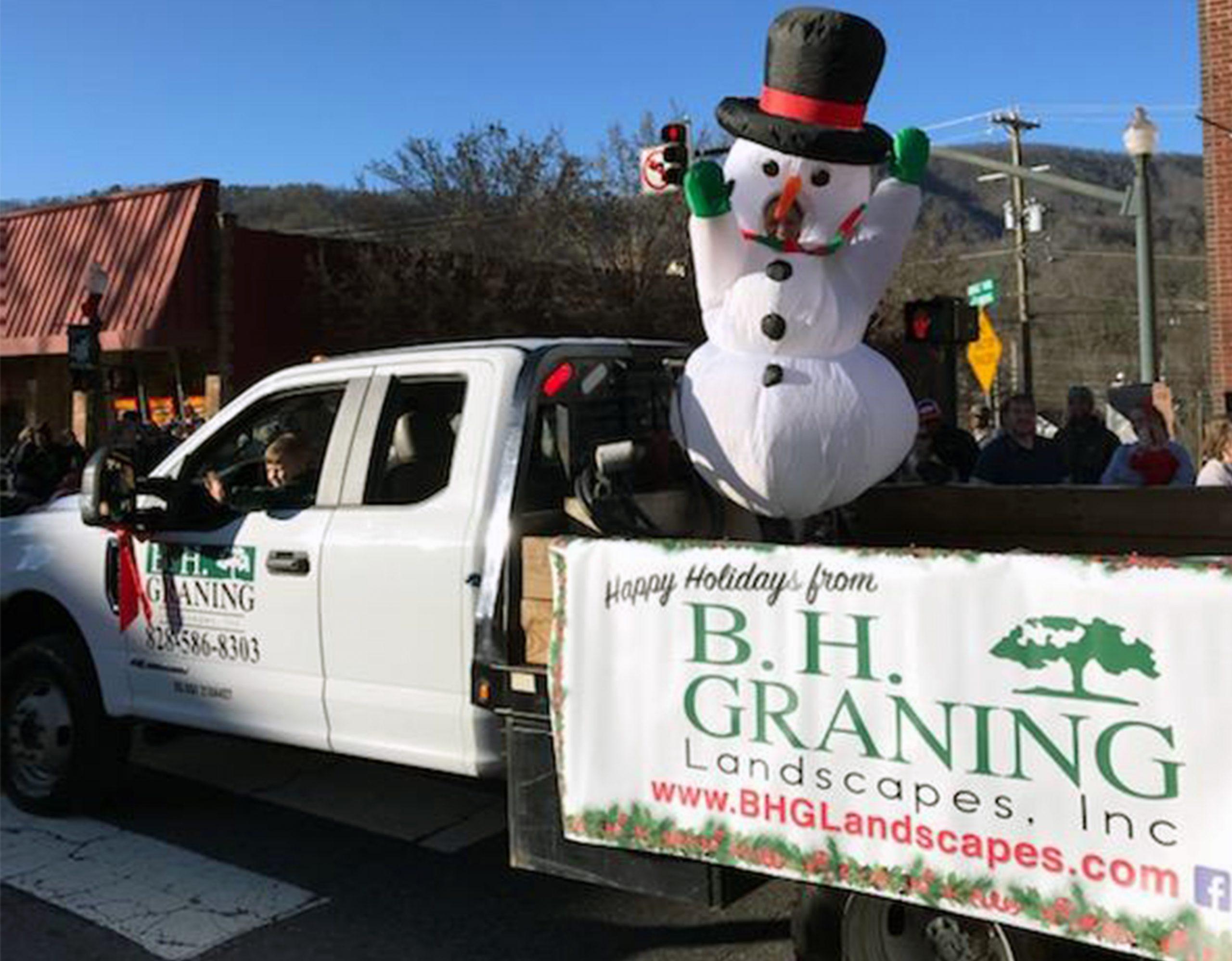 Sylva Christmas Parade 2020 2019 Sylva Christmas Parade   B. H. Graning Landscapes, Inc.